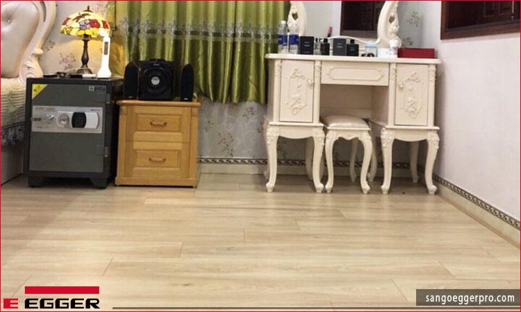 Công trình sàn gỗ Egger Aqua Pro EPL098