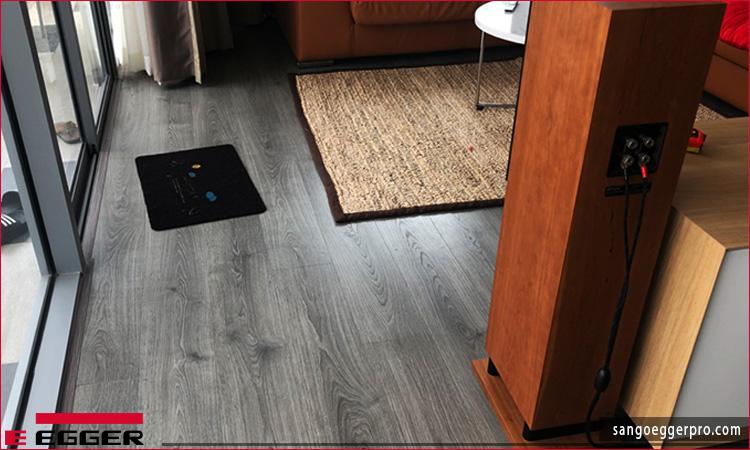 Công trình sàn gỗ Egger Pro Aqua EPL097 tại quận 7