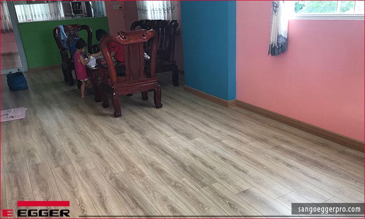 Công trình sàn gỗ Egger Pro EPL035 quận 1